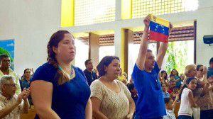 Báez: Oramos hoy sobre todo para que cese la brutal represión de las fuerzas armadas contra la población civil de Venezuela. No más muertes inocentes. CORTESÍA/ @SILVIOJBAEZ
