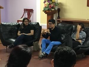 Dr. Cesar Carhuachin en conversatorio en la CUR (Univ Reformada)
