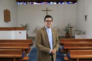 Ramiro Arroyo es el primer pastor ecuatoriano de la Iglesia Luterana del Ecuador. (La Hora)